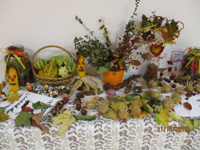 Podzimní vyrábění z přírodnin v ŠD